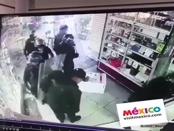 Rabující poldové v Mexiku