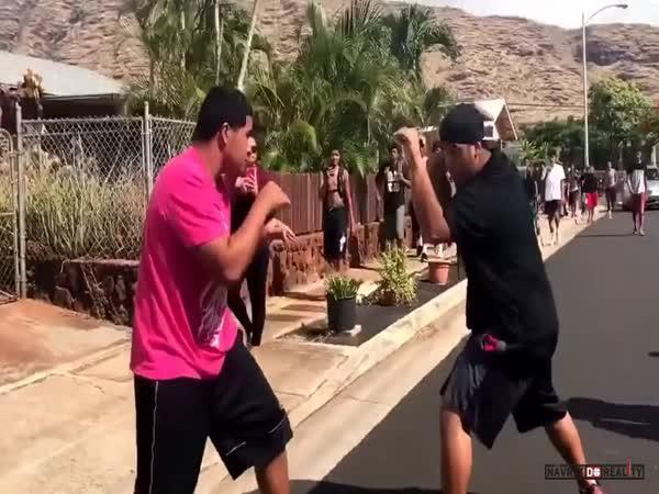 Pouliční bitka na Havaji #60