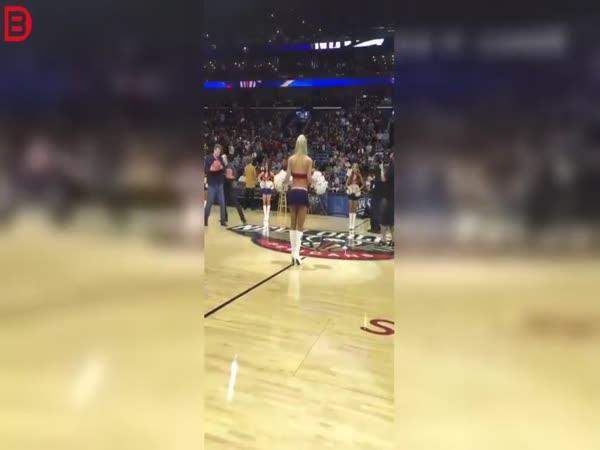 Headshot při basketu #35