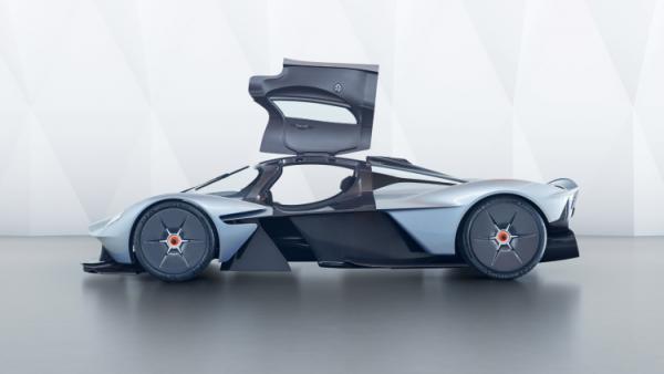 GALERIE – Auto, které jede až 400 km/h
