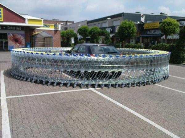 GALERIE – Pomsta za špatné parkování