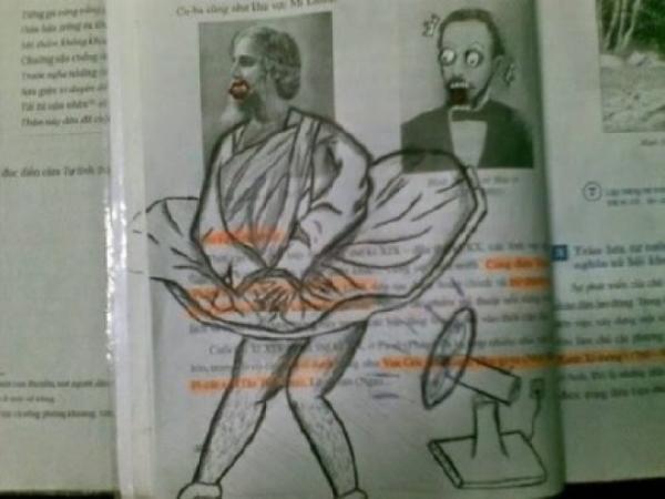 GALERIE – 10 vtipně vyzdobených učebnic