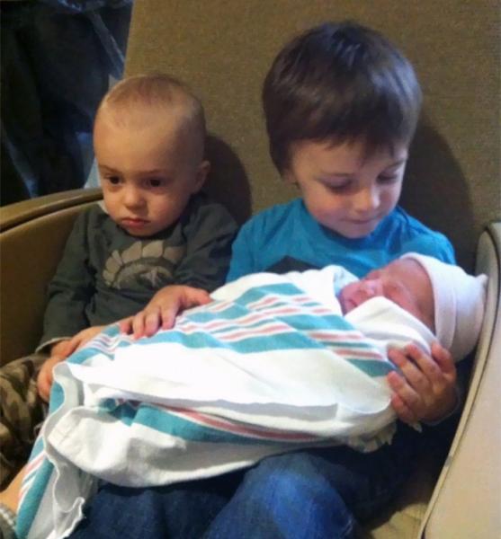 GALERIE – Poprvé uviděli své sourozence
