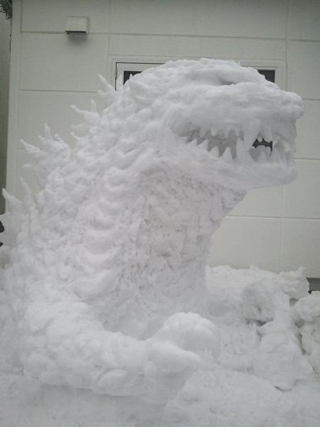 GALERIE – Tesání ze sněhu