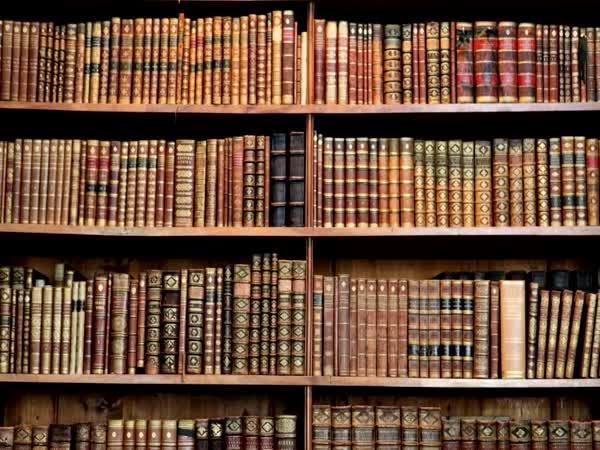 TOP 5 - Nejstarší objevené knihy