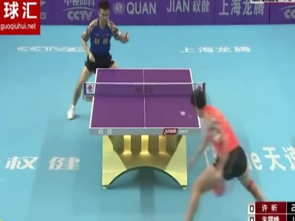Čína: Ping pong