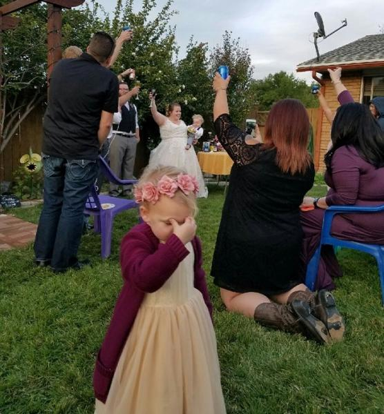 GALERIE – 10 vtipných fotek ze svateb