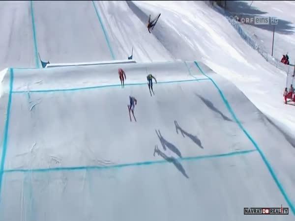 Tvrdý pád ve skicrossu