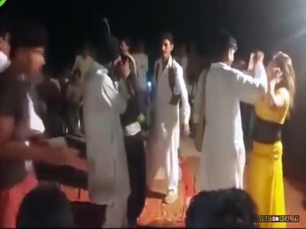 Šílenec na svatbě