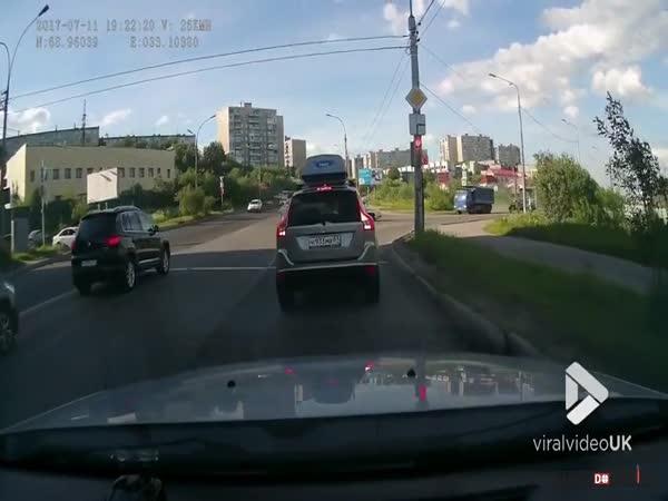 Dopravní nehoda v Rusku #606