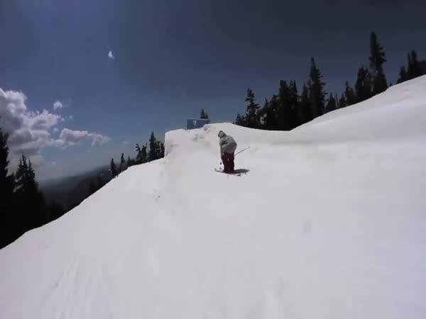 Neuvěřitelné dovednosti na lyžích