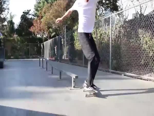 Neuvěřitelné triky na skateboardu