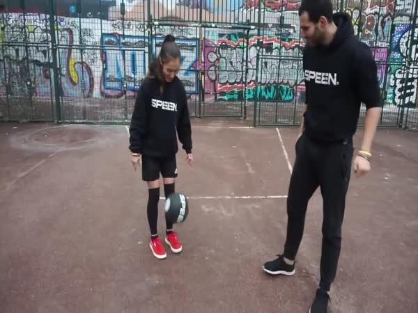 Neuvěřitelné triky s míčem