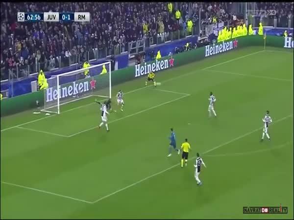 Povedený gól #7