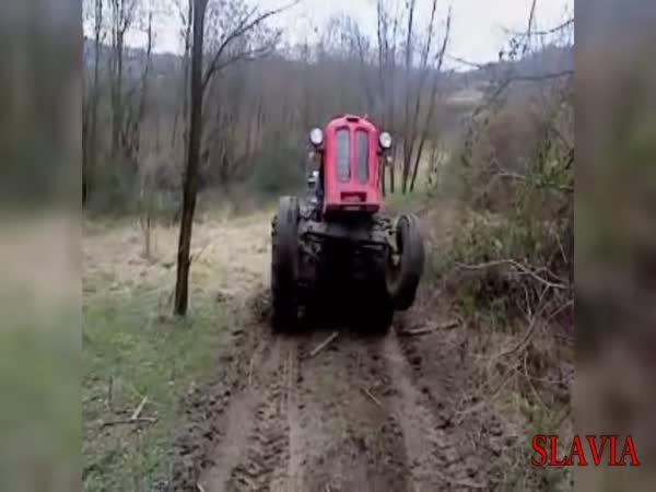 Faily a úspěchy traktorů #1