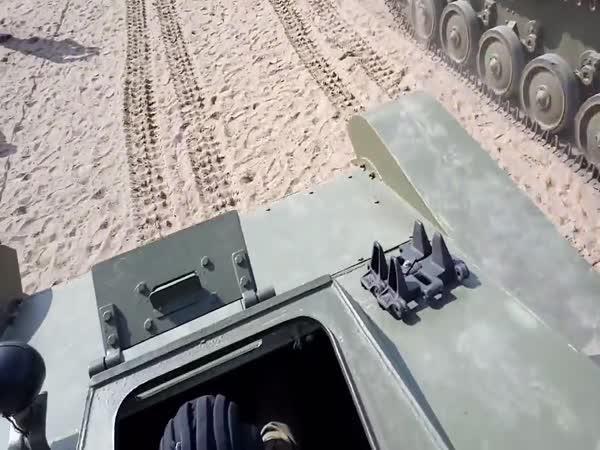 Spadl pod tank (Rusko)