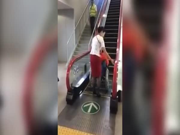 Eskalátor pro lidi na vozíku