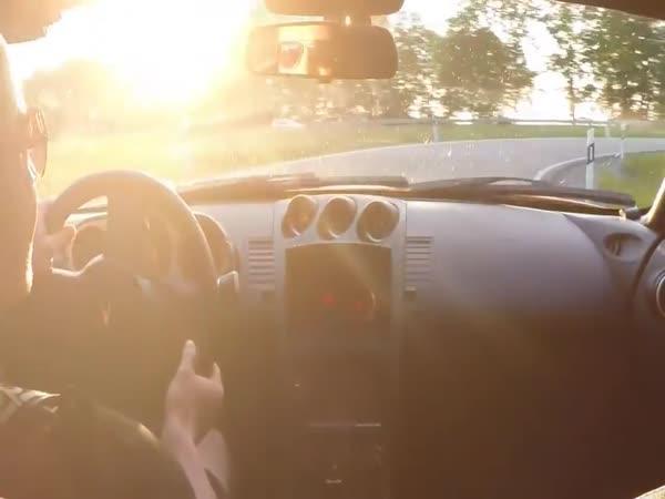 Nissan 350Z vs. Porsche 911