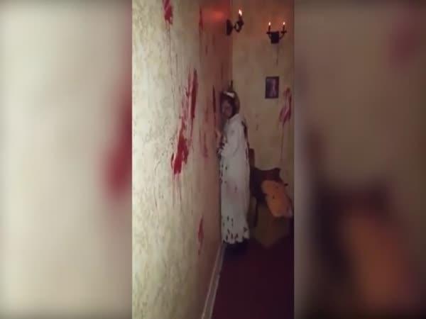 Navštívili byste dům plný hororu?