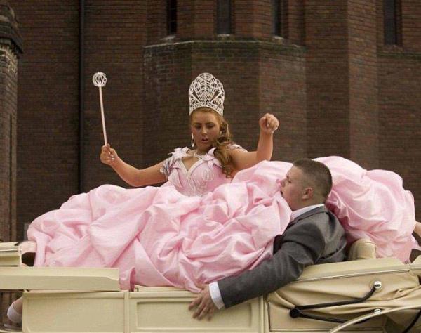 Nejhorší svatební šaty