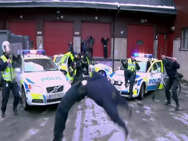 Švédská vs. ruská policie
