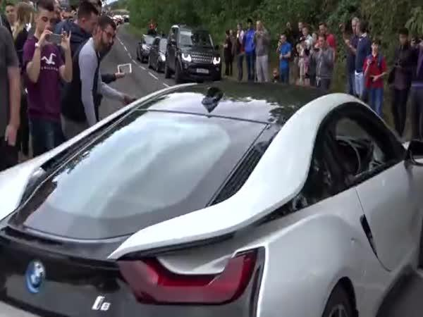 Sraz supersportů a BMW I8