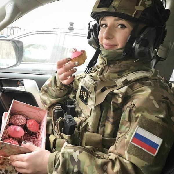 GALERIE - Nádherné Rusky v uniformě #2