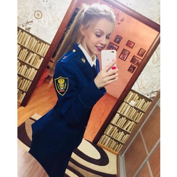 GALERIE - Nádherné Rusky v uniformě #4
