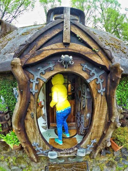 GALERIE - Hobití dům podle Pána prstenů