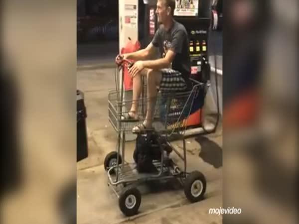Motorový nákupní vozík