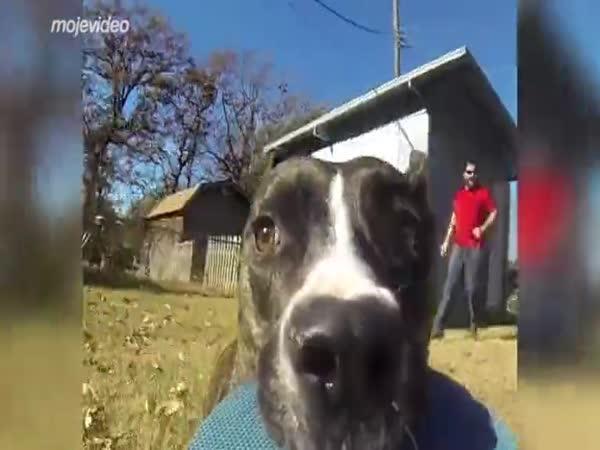 Půjčil si GoPro kameru