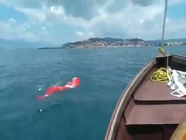 Rekord v plavání v pytli