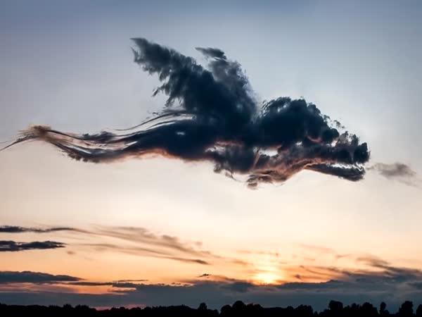 TOP 5 – Divné věci objevené na obloze