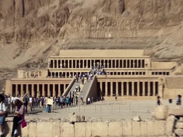 TOP 5 – Nejúžasnější hrobky na světě