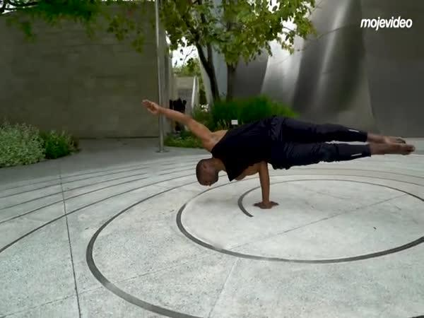 Cyber yoga (Lamonte Goodel)