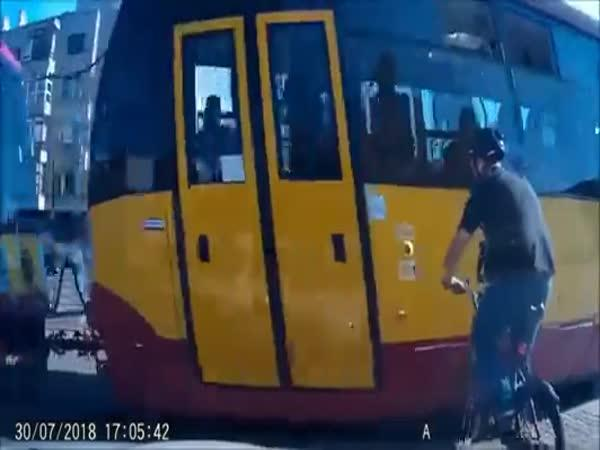 Nepozornost na silnici se nevyplácí