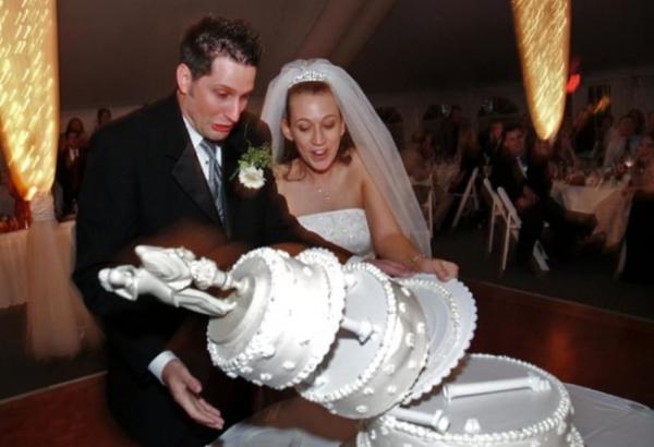 GALERIE – 10+ hodně nepovedených fotek ze svatby!