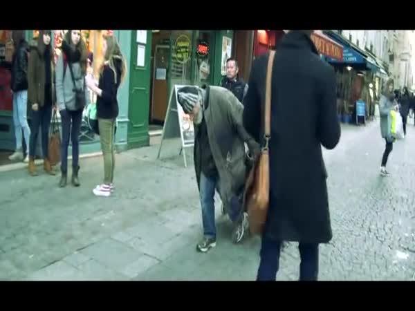 Pařížský holubí muž