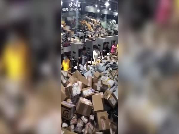 Mezičasem na čínské poště