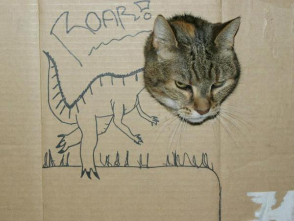 GALERIE - Výroba dinosaura z kartonu a kočky?