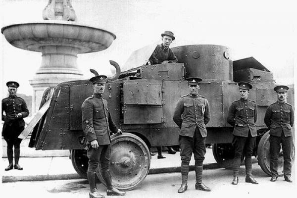 GALERIE - 10 nejdivnějších armádních vozidel