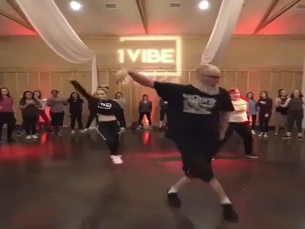 Když váš táta tancuje lépe než vy