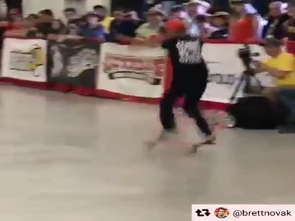 Profesionální skateboardista