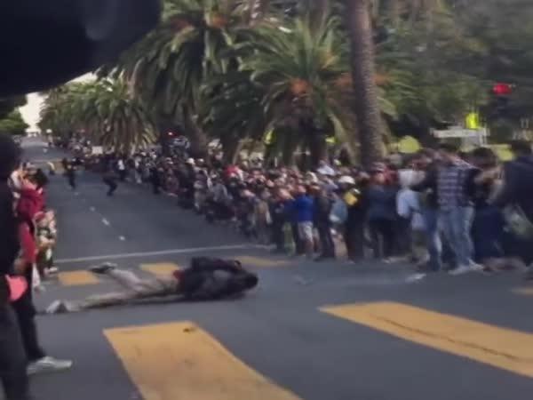 Extrémní skateboarding v San Franciscu