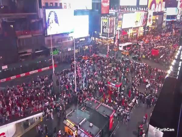 Panika lidí na Times Square