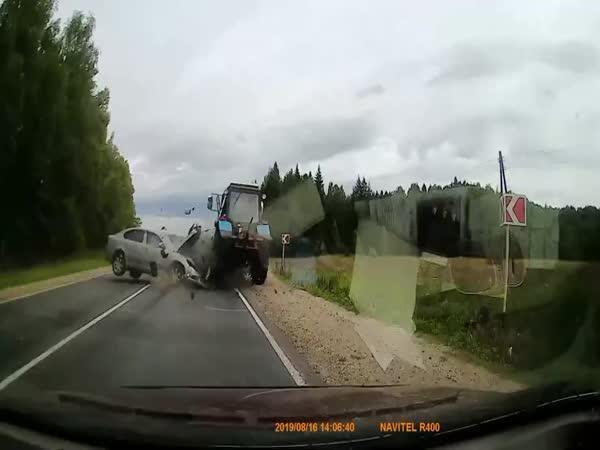 Čelní srážka s traktorem