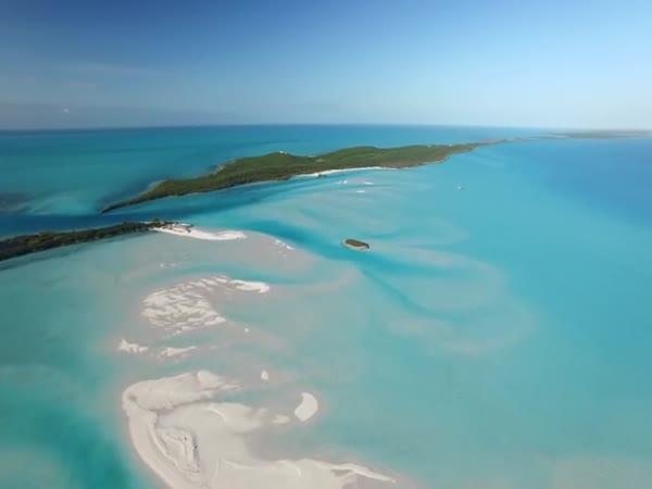 Ostrov na Bahamách na prodej