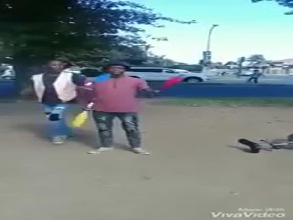 Perfektní žongleři!