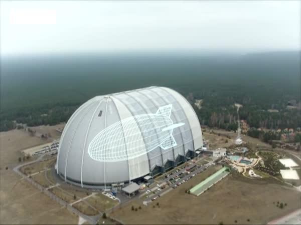 Třetí největší budova na světě v Německu