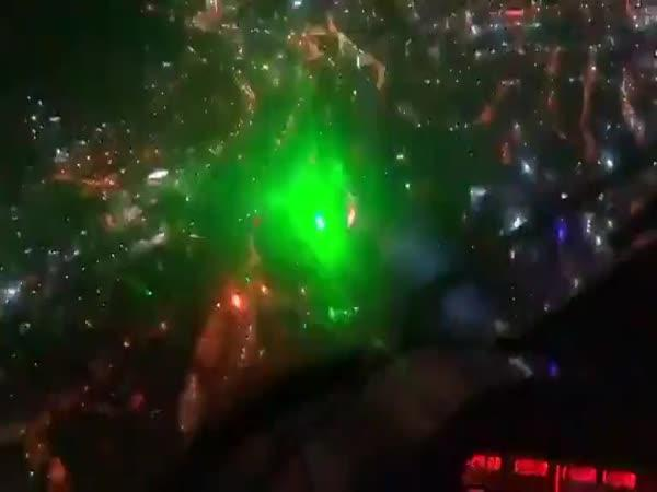 Laserová demonstrace v Chile
